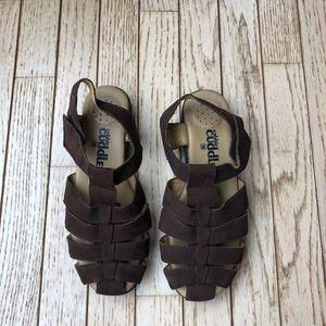 Cobbie cuddlers sandals